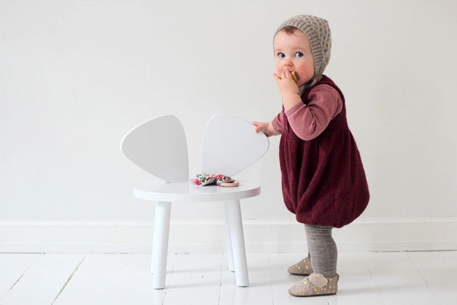 babystrik-strikket-babydragt