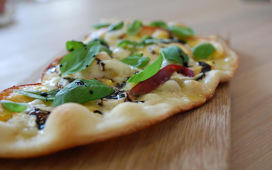 nektarin-gedeost-pizza
